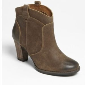 Clark's Brown Suede Booties Heath Harrier 11 63159